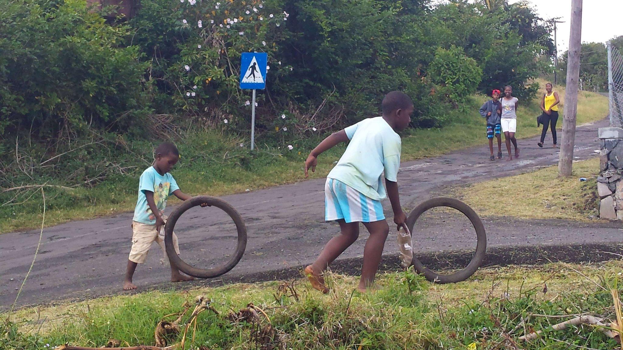 Remote-Islands-Indian-Ocean-Rodrigues-locals