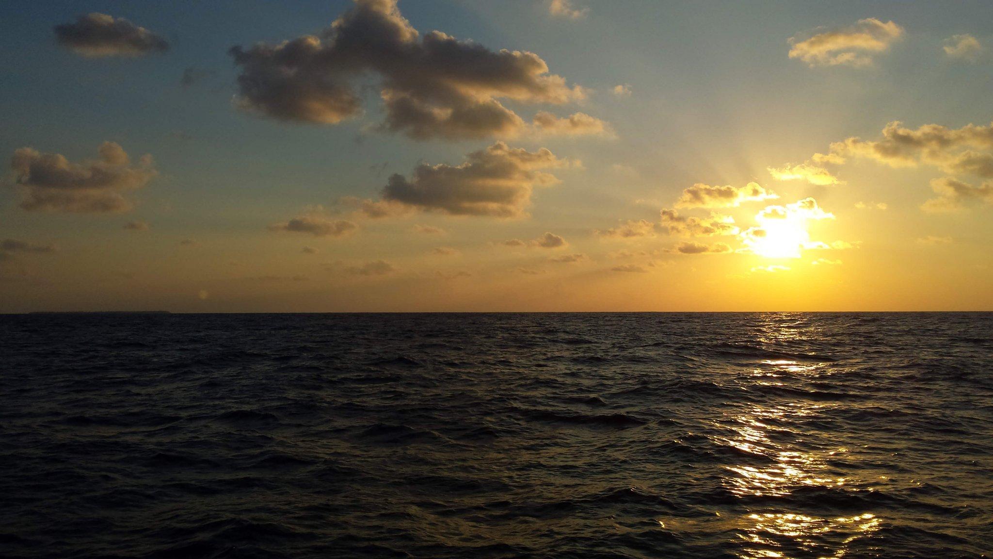 zonsondergang-op-zee
